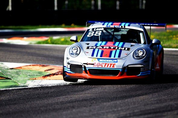 Martini Around Track 911